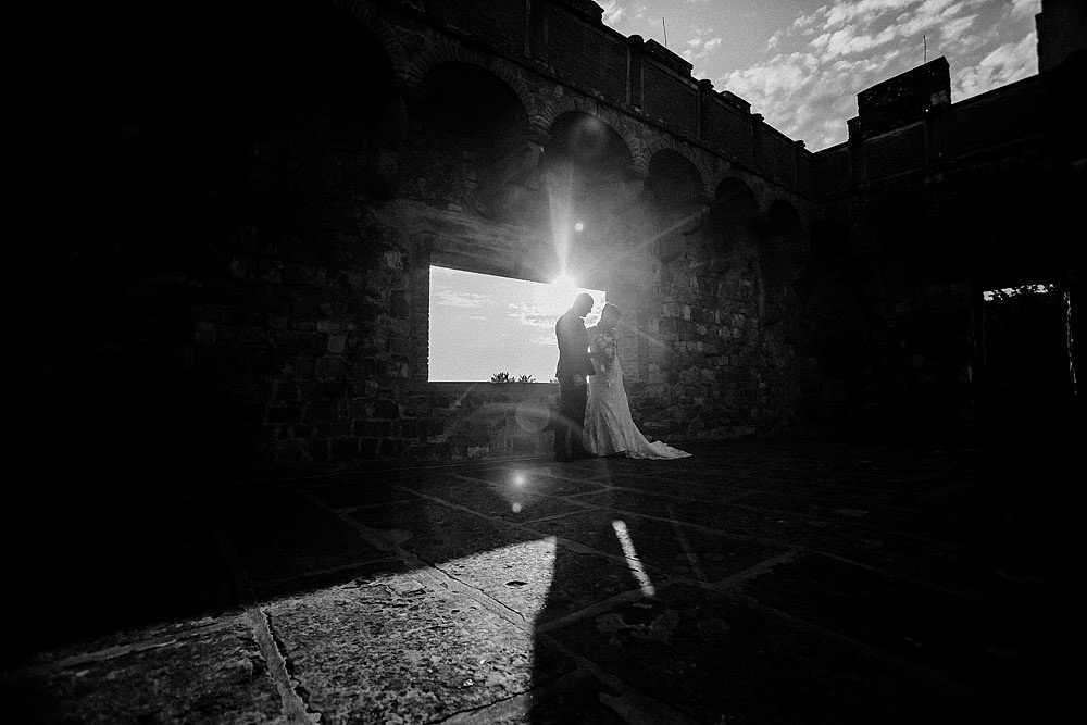 Stylish Wedding at Castello Vincigliata | Florence Italy :: Luxury wedding photography - 44