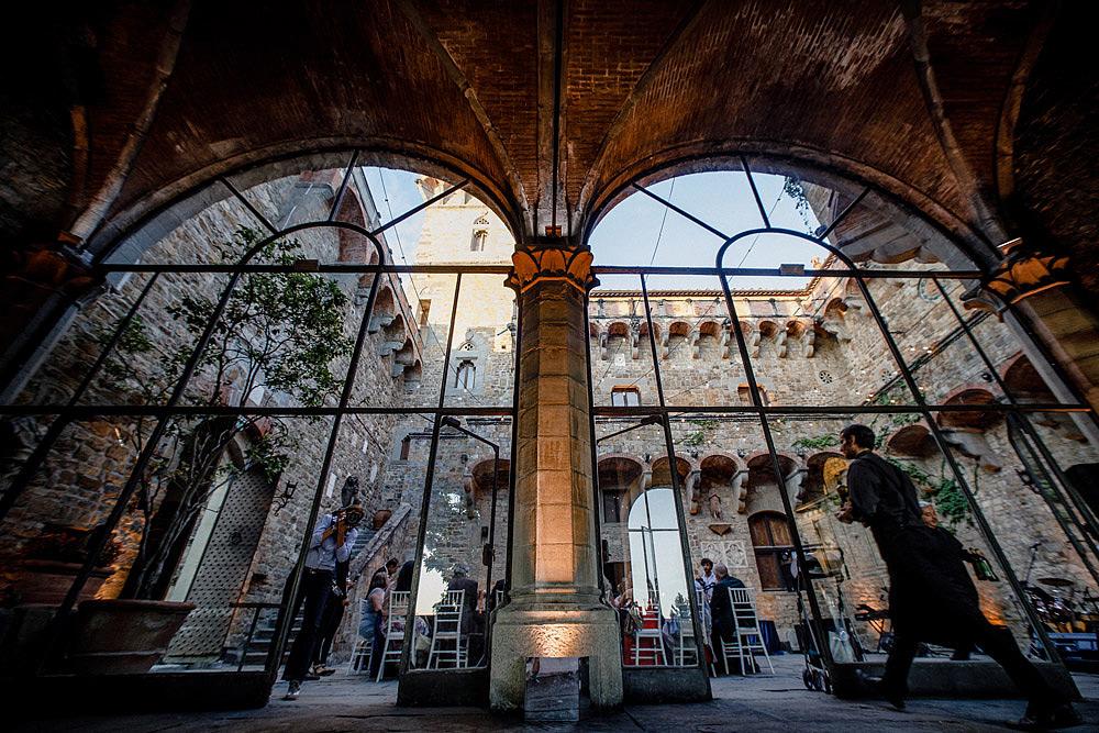 Stylish Wedding at Castello Vincigliata   Florence Italy :: Luxury wedding photography - 47