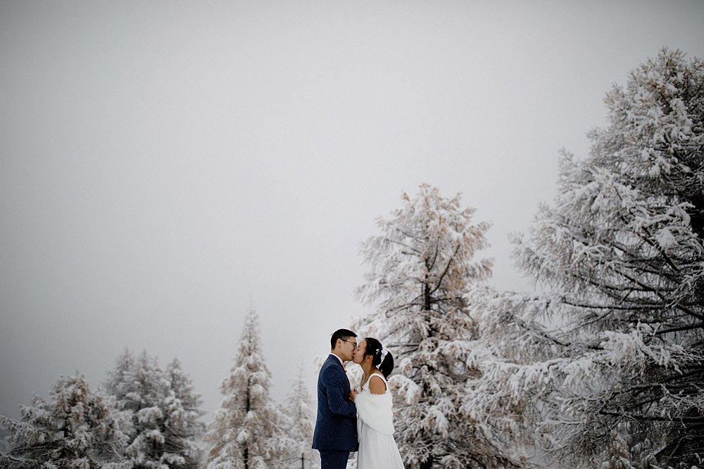 Engagement Session in the snow in Zermatt Switzerland :: Luxury wedding photography - 1