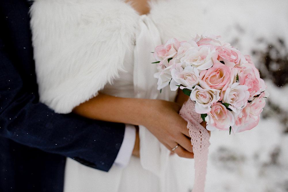 Engagement Session in the snow in Zermatt Switzerland :: Luxury wedding photography - 16
