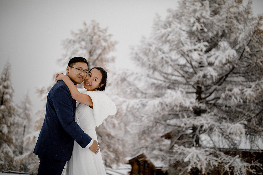 Engagement Session in the snow in Zermatt Switzerland :: Luxury wedding photography - 24