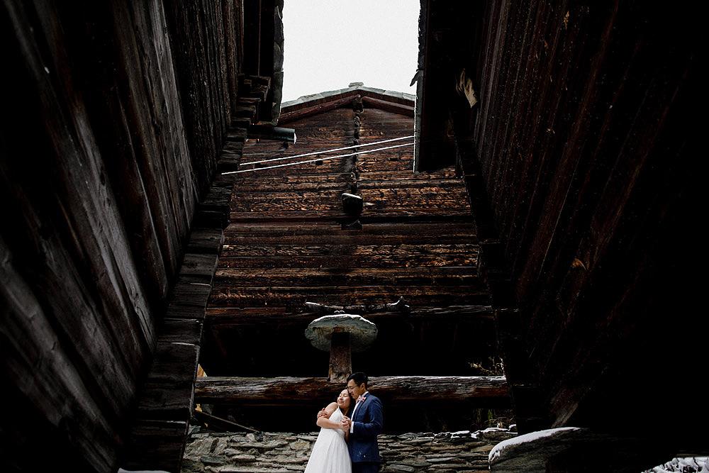 Engagement Session in the snow in Zermatt Switzerland :: Luxury wedding photography - 30