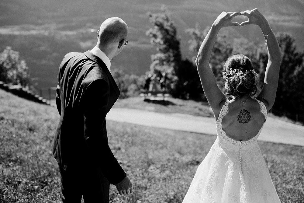 Un Matrimonio Colorato in Montagna | Ausserberg Svizzera