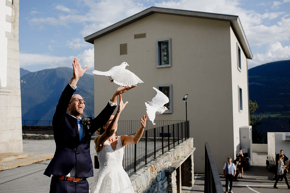 Un Matrimonio Colorato in Montagna | Ausserberg Svizzera :: Luxury wedding photography - 44