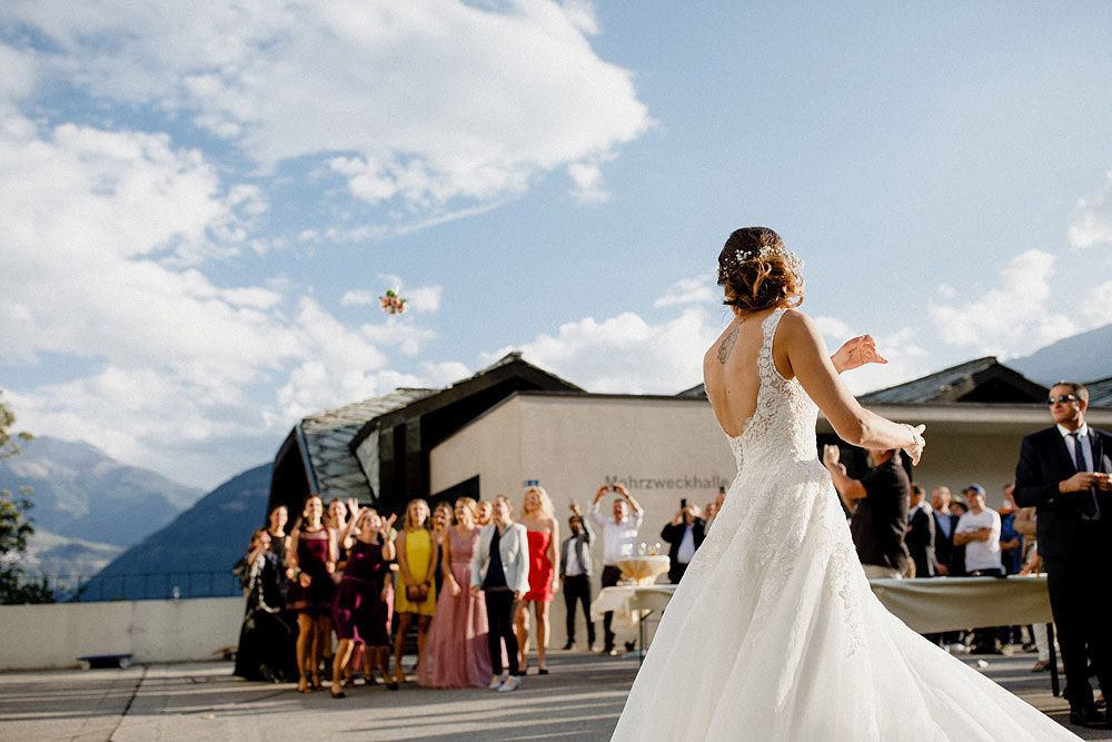 A Colourful Wedding in the Mountain | Ausserberg Switzerland :: Luxury wedding photography - 46