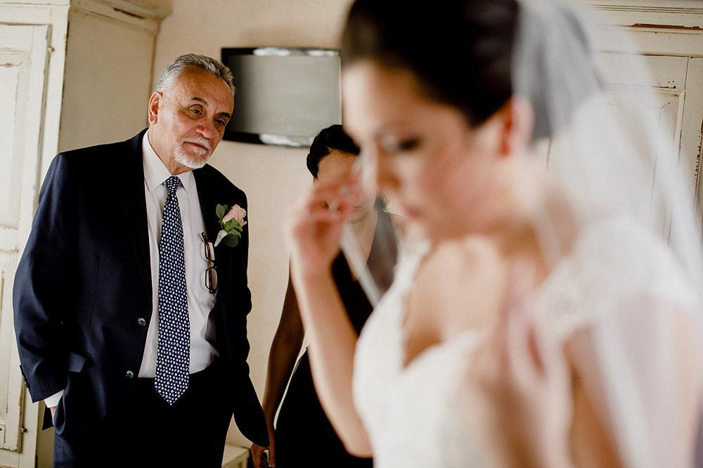 Matrimonio in Toscana ispirato alla natura con tocchi di rosso e bianco :: Luxury wedding photography - 14