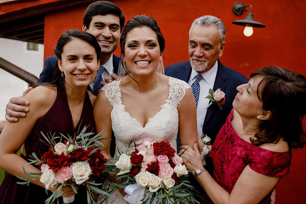 Matrimonio in Toscana ispirato alla natura con tocchi di rosso e bianco :: Luxury wedding photography - 16