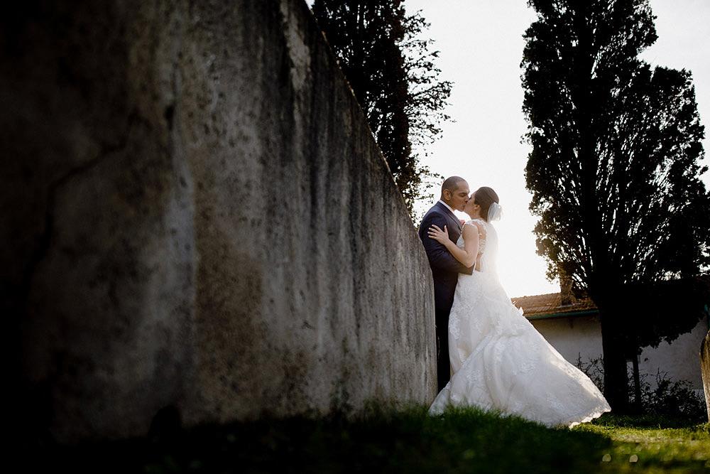 Matrimonio in Toscana ispirato alla natura con tocchi di rosso e bianco :: Luxury wedding photography - 39