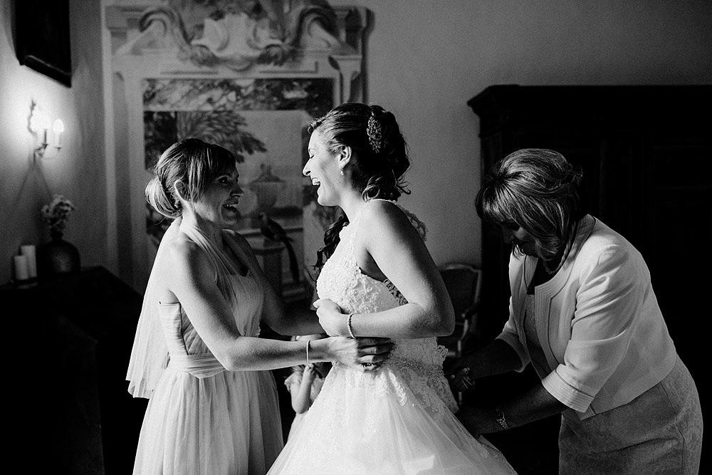 Matrimonio nel Chianti nell'incantevole atmosfera del Castello di Meleto :: Luxury wedding photography - 12