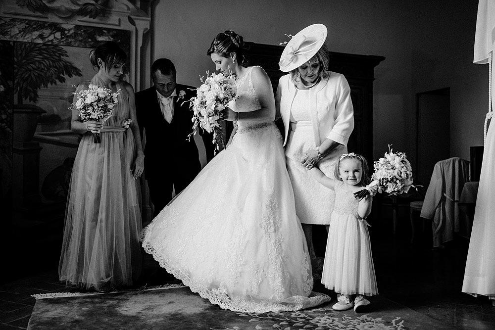 Matrimonio nel Chianti nell'incantevole atmosfera del Castello di Meleto :: Luxury wedding photography - 14