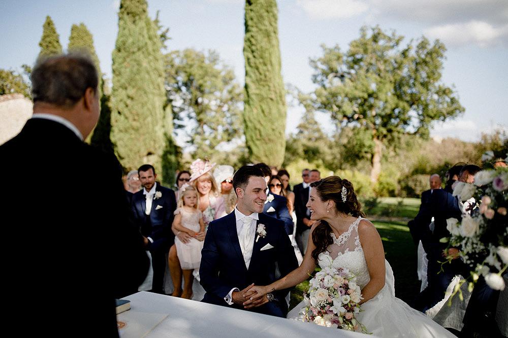 Matrimonio nel Chianti nell'incantevole atmosfera del Castello di Meleto :: Luxury wedding photography - 20