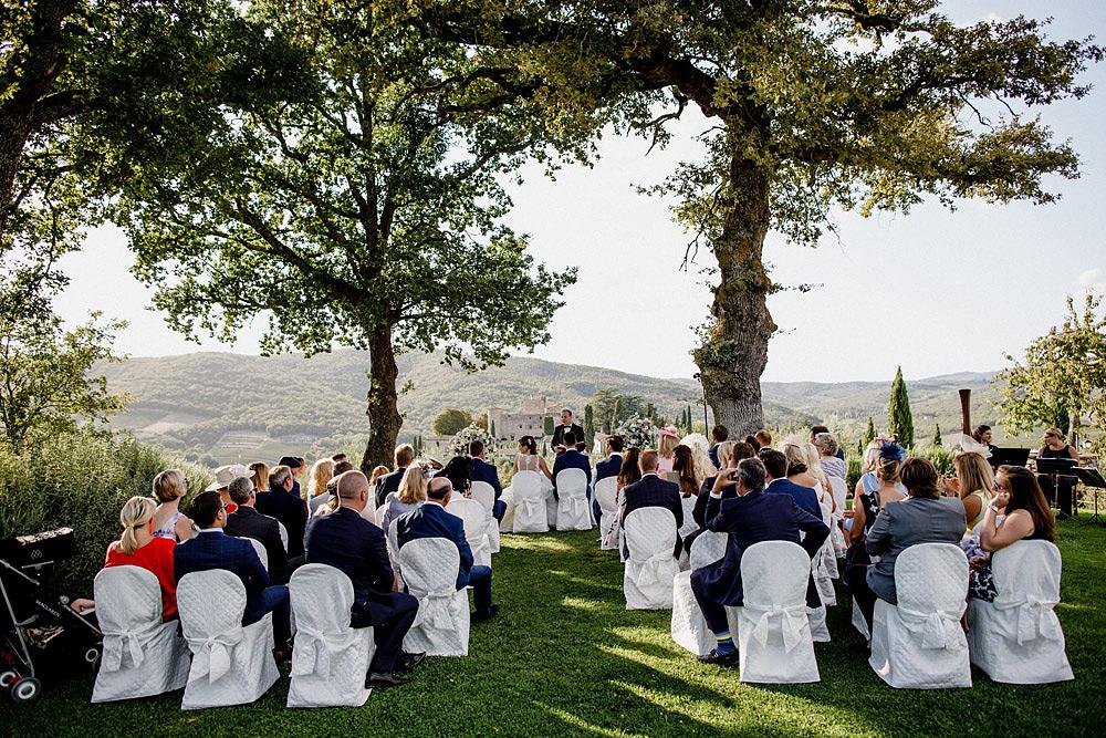 Matrimonio nel Chianti nell'incantevole atmosfera del Castello di Meleto :: Luxury wedding photography - 22