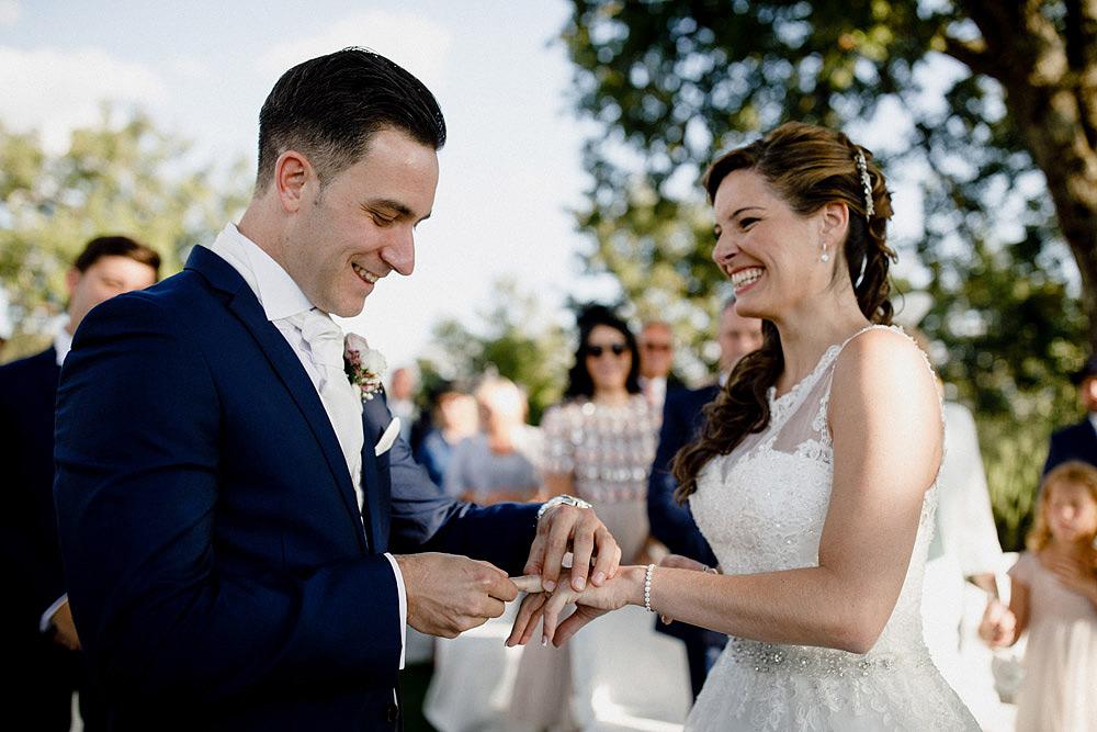 Matrimonio nel Chianti nell'incantevole atmosfera del Castello di Meleto :: Luxury wedding photography - 27