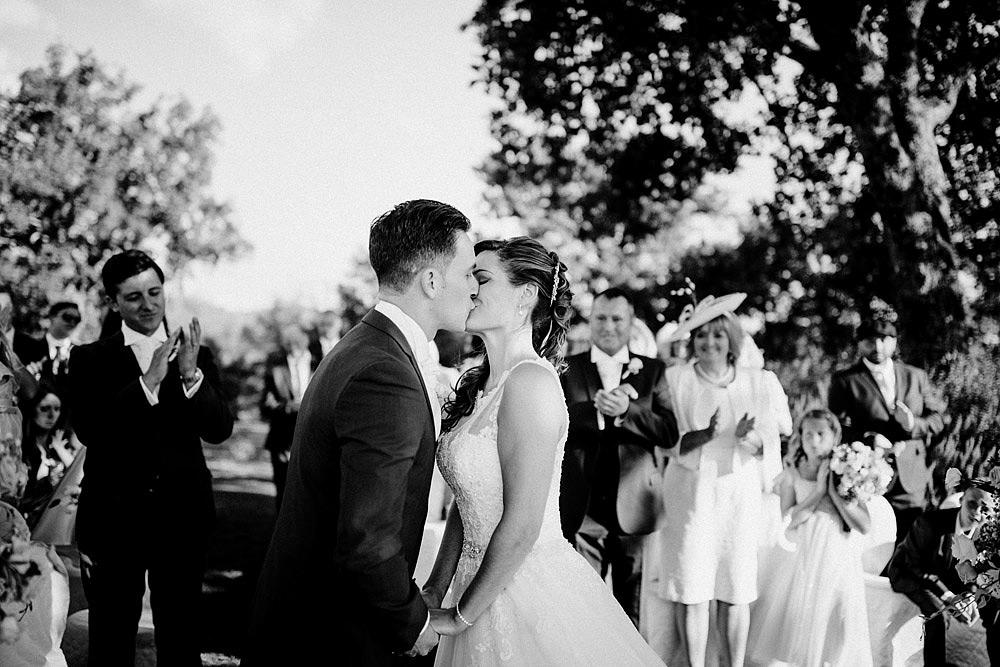 Matrimonio nel Chianti nell'incantevole atmosfera del Castello di Meleto :: Luxury wedding photography - 28