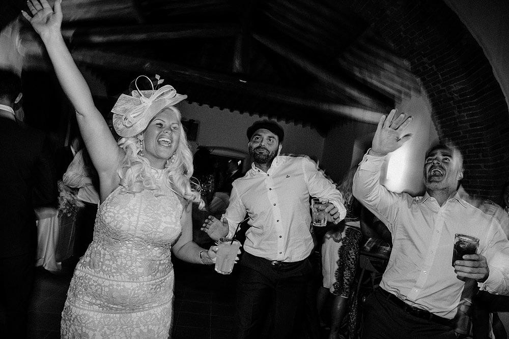 Matrimonio nel Chianti nell'incantevole atmosfera del Castello di Meleto :: Luxury wedding photography - 49