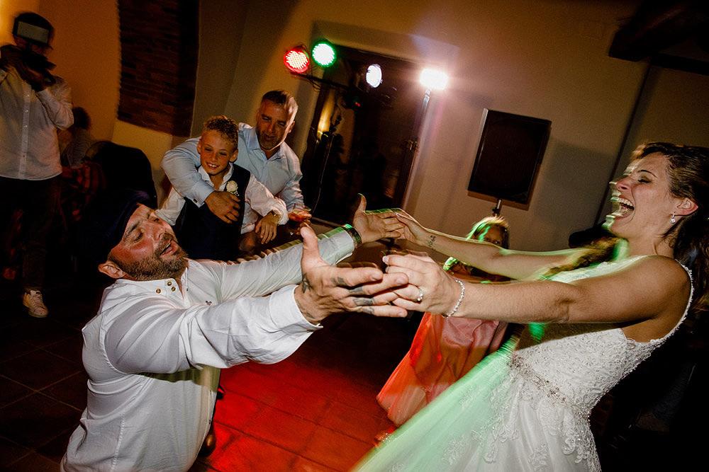 Matrimonio nel Chianti nell'incantevole atmosfera del Castello di Meleto :: Luxury wedding photography - 50