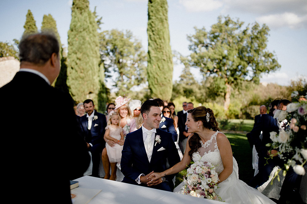 Wedding in Chianti in the stunning ambiance of Castello di Meleto :: Luxury wedding photography - 20