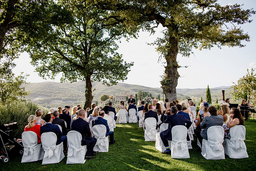 Wedding in Chianti in the stunning ambiance of Castello di Meleto :: Luxury wedding photography - 22